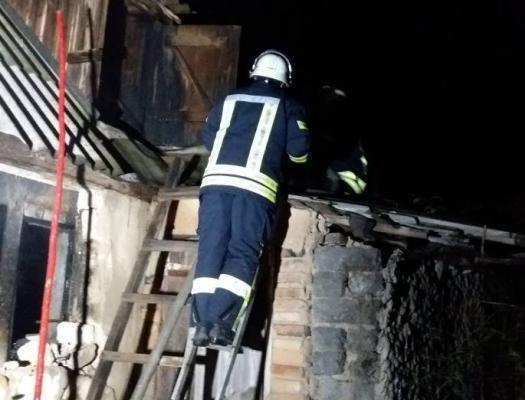 НаЗапорожье вовремя тушения пожара отыскали два бездыханных тела